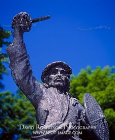 Image - Statue of Rob Roy MacGregor, Stirling