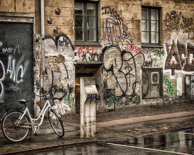 20140424-Wet_Graffiti