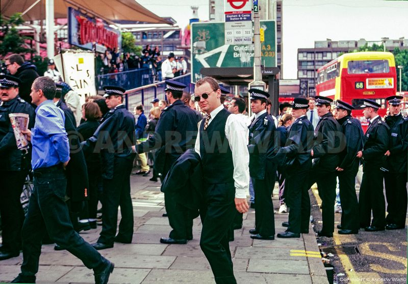 England, UK. 30.6.1998. London. Stephen Lawrence murder suspects arrive at the public inquiry headed by Sir William Macpherso...